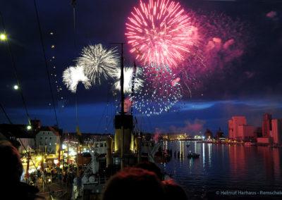 Großes Feuerwerk am Freitag Abend